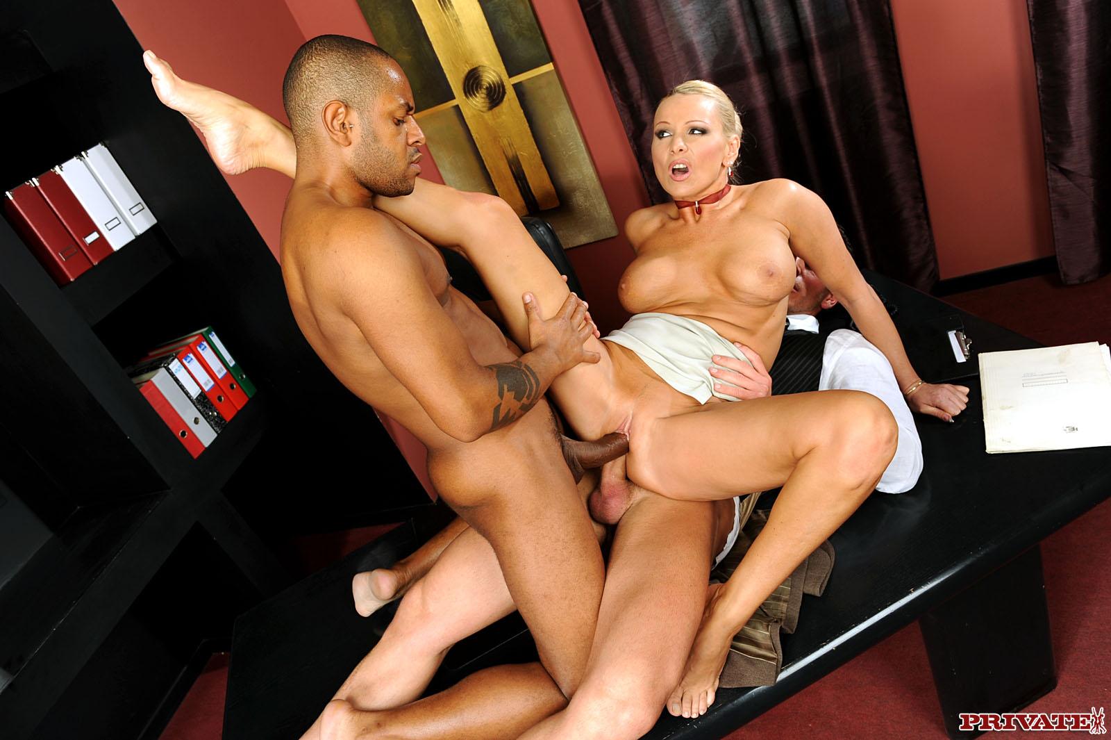 Секс в кабинете с шефом 12 фотография