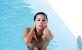 Private.com Vanesa May Vanesa In The Pool Sexy Vanesa Having A Threesome By The Pool