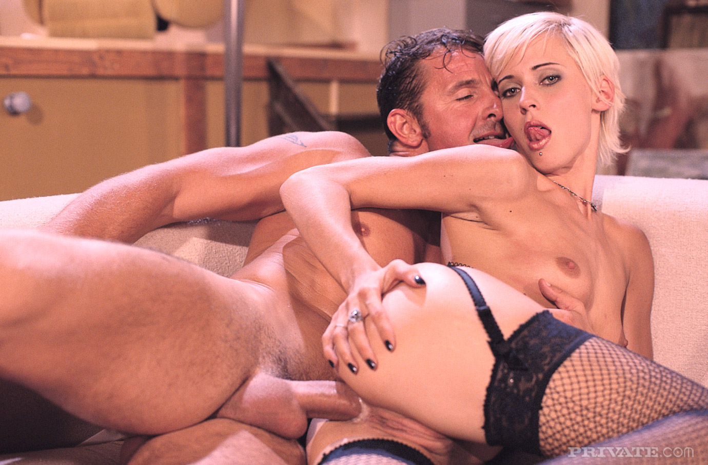 Download hot sexy black widow porn video nude images