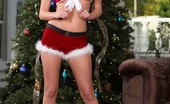 Aziani Sexy Spencer Scott Shows Off Her Sexy Holiday Outfit, Then Poses Naked By The Tree.