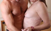Mature.nl This Naughty Mature Slut Is Having Sex With Her Lover
