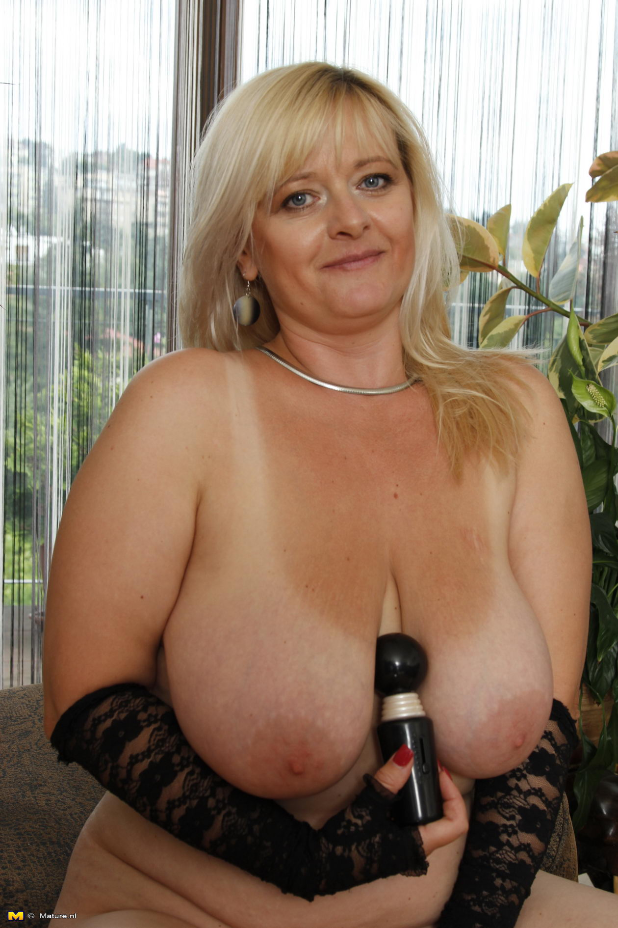 large breasted mature female models
