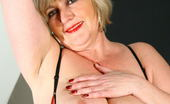 Mature.nl Big Breasted Mama Playing With Her Wet Pussy