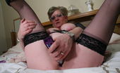 Mature.nl Naughty Housewife Playing With Herself
