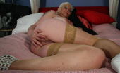 Mature.nl Kinky Mature Kim Gets Wild On Her Bed