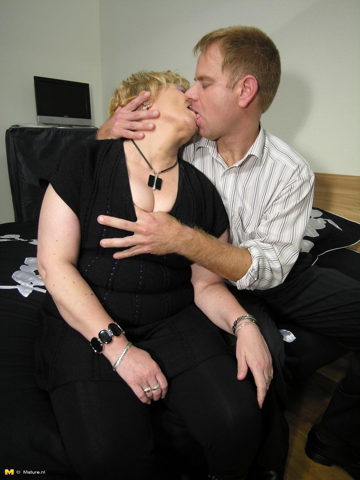 kinky sex date in paranagua