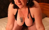 Mature.nl This Big Kinky Mature Slut Loves To Play Alone