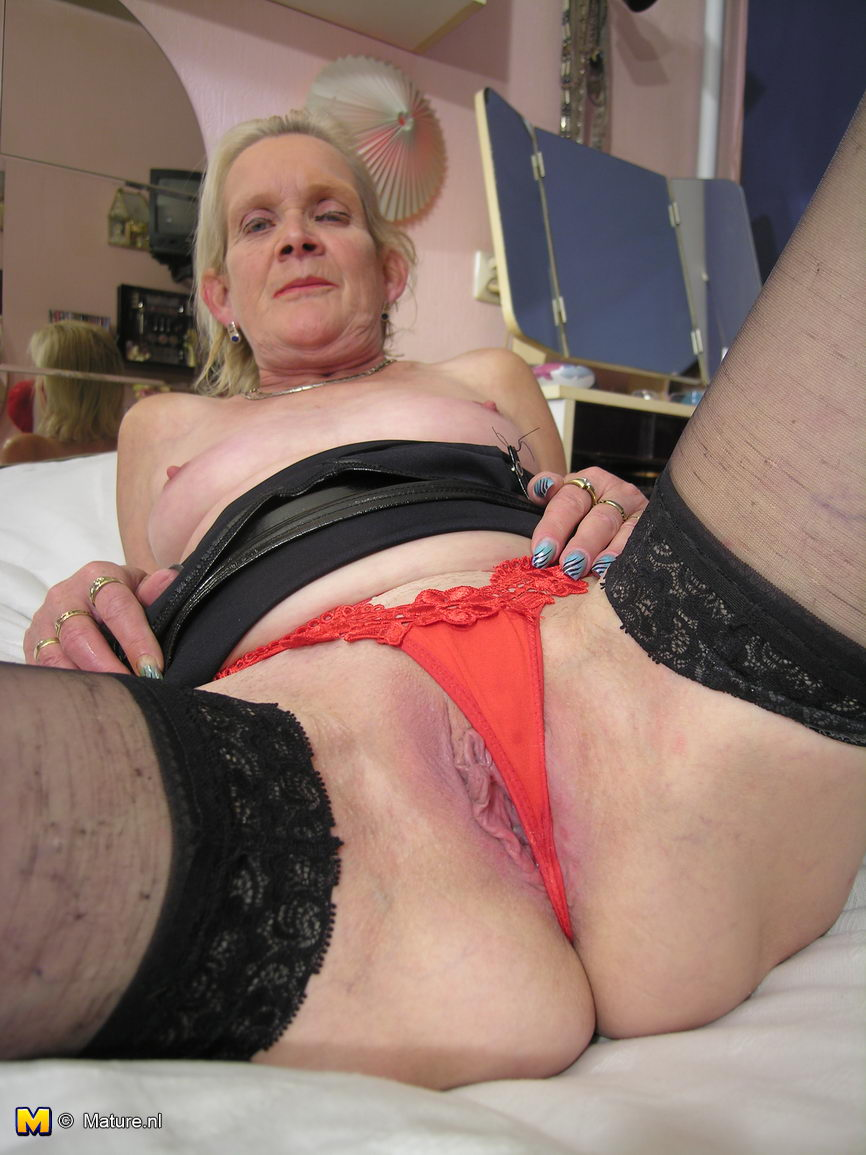 Mature Nl This Dutch Slut Loves For You To See Her Wet Pussy