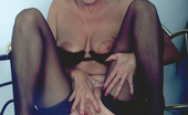 Mature.nl Granny Playing With Her Pussy