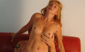 Mature.nl Horny Mature Couple Fucking On The Couch