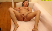 Mature.nl Granny Loves To Play With Herself