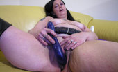 Mature.nl This Old Nympho Really Loves Her Toys