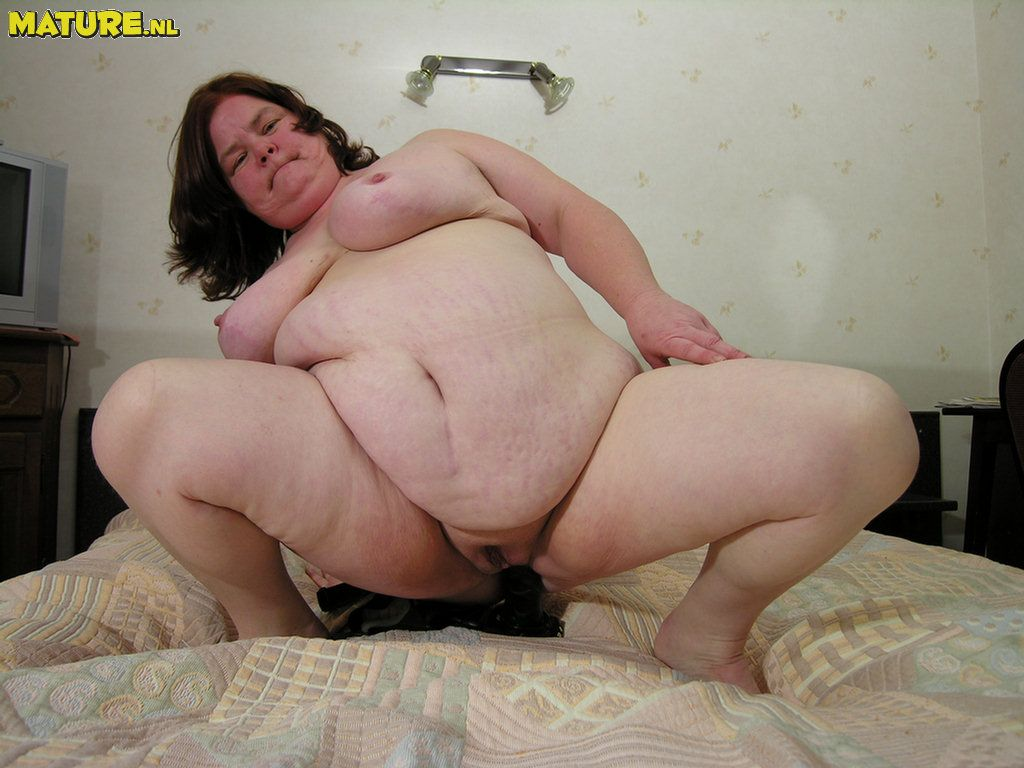 Bbw has a lot of energy and needs to get fucked 1