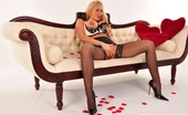 Lucy Zara Sexy Milf Teases In Her Sexy Lingerie And Nylons, Before Giving Her New Gold Toy At Workout