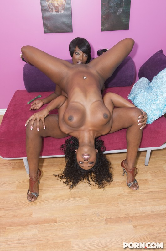Lesbian Ass Licking Ebony