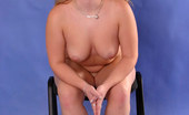 Young Fatties Shy Young Fatty Gets Rid Of Her Clothes In Studio