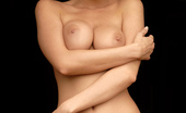 MC Nudes Alexa Windy Wild And Naughty, Alexa Is A Lustful Blonde Who Show You Her Juicy Boobs And Love Box In A Stable. A Balky Beauty In A Frame Is Here To Make You Happy!