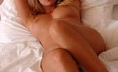 MC Nudes Kelly Blonde Flower Kelly Is Cute And Romantic. Join This Blonde Haired Babe For Some Relaxing Hours In Her Bed And Start Dreaming.