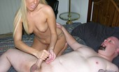 True Amateur Models Brooklyn Hot Blonde Gives Photographer Handjob After Modeling Shoot