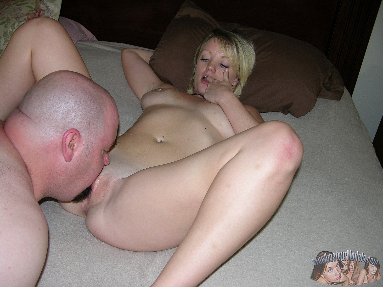 Amateur Wife Blonde Sharing