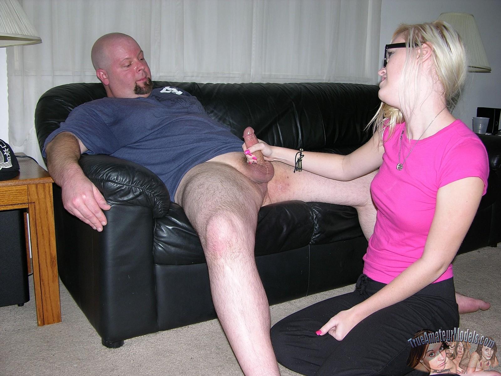 Amateur Girlfriend Amanda - True Amateur Models Amanda Hot Amateur Nerd Girl Jerks Off Dude On Couch  161936 - Good Sex Porn