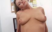 MILF Lessons 165665 Meet This Sex Mom, Payton