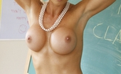 MILF Lessons 16 Pics Of Extremly Teacher Fucking.