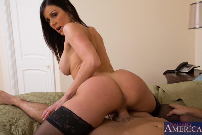 nude big black girl