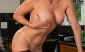My Friend's Hot Mom Vanessa Videl Hot Mom Has Hot Sex With Her Son'S Friend.
