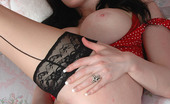 Busty Britain Gothic Babe Morrigan Plays With Her Melons And Dildo Fucking