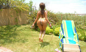Extreme Asses Kara 168727 These Hot Extremegirls Are Smokin Cum Watch This Mama Jump Rope Her Extreme Mega Ass To Orgasms
