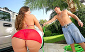 Extreme Asses 168762 Extreme Round Booty Vanessa Get Her Smokin Ass All Wet In This Outdoor Carwash Then Her Mega Ass Rides A Hard Cock In This Update