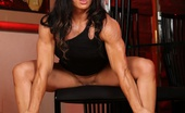 Aziani Iron Ripped Vixen Welcome The Strong And Powerful Ripped Vixen! She Shows Off Her Extremely Hot, Healthy And Muscular Body Paying Special Attention To Her Biceps, Triceps And Back.