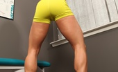 Aziani Iron Ripped Vixen A Sexy Set Of Ripped Vixen Working Out In The Gym Pumping Up Her Sexy Muscles.