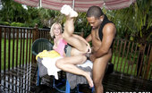 Bangbros Network The Tight Pussy Took A Vicious Pounding Straight Up And Down The Mac'S Bathroom! As If The Pre-Pounding Wasn'T Enough To Send Her Home Satisfied, They Wanted To Fuck In The Rain.