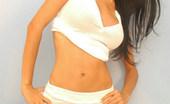 La Zona Modelos Marcela In Cute White Mini Skirt