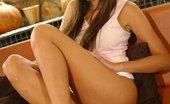 La Zona Modelos Sara Shows Off Her Tight Hot Body