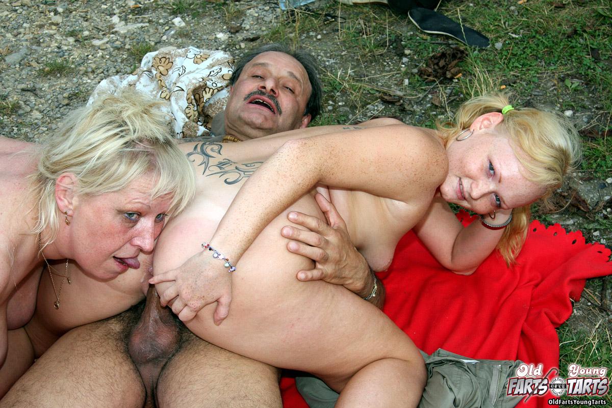 Horny Teen Big Dick Squirt