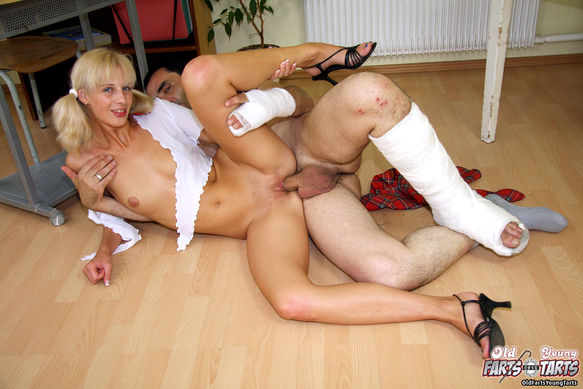 Horny bisexual milf pleases men and women