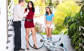 Reality Junkies Mark Wood & Zoey Holloway & Riley Reid