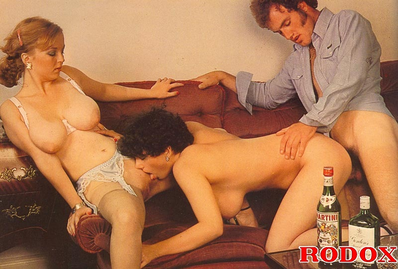 Rodox Big Tits Anal - Rodox Gallery Th 26798 T Two Retro Wifes With Big Natural Tits Sharing A Big  Cock 178921 - Good Sex Porn