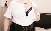 Mature.eu Huge Breasted British Housewife Teasing