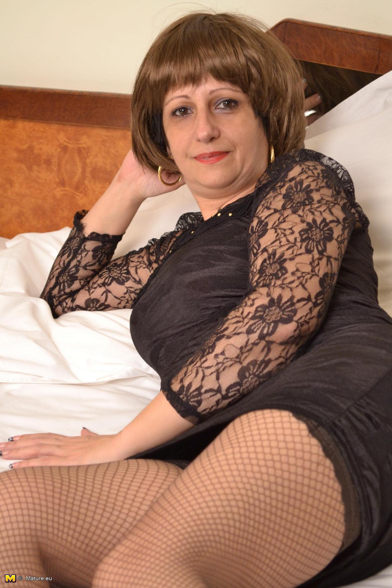 Fitting room voyeur blog