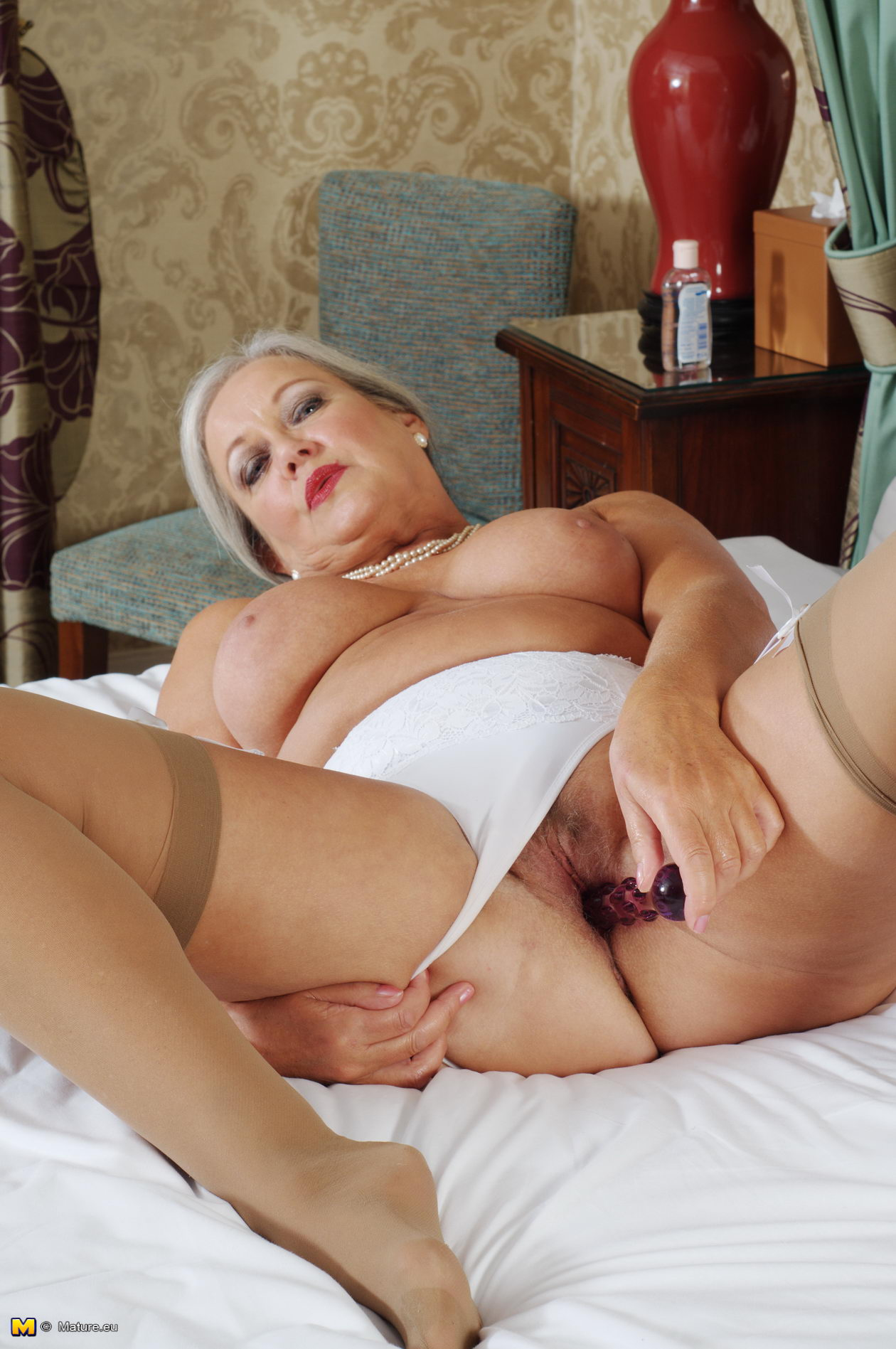 Ashlyn taylor gets her tight hole ripped 10