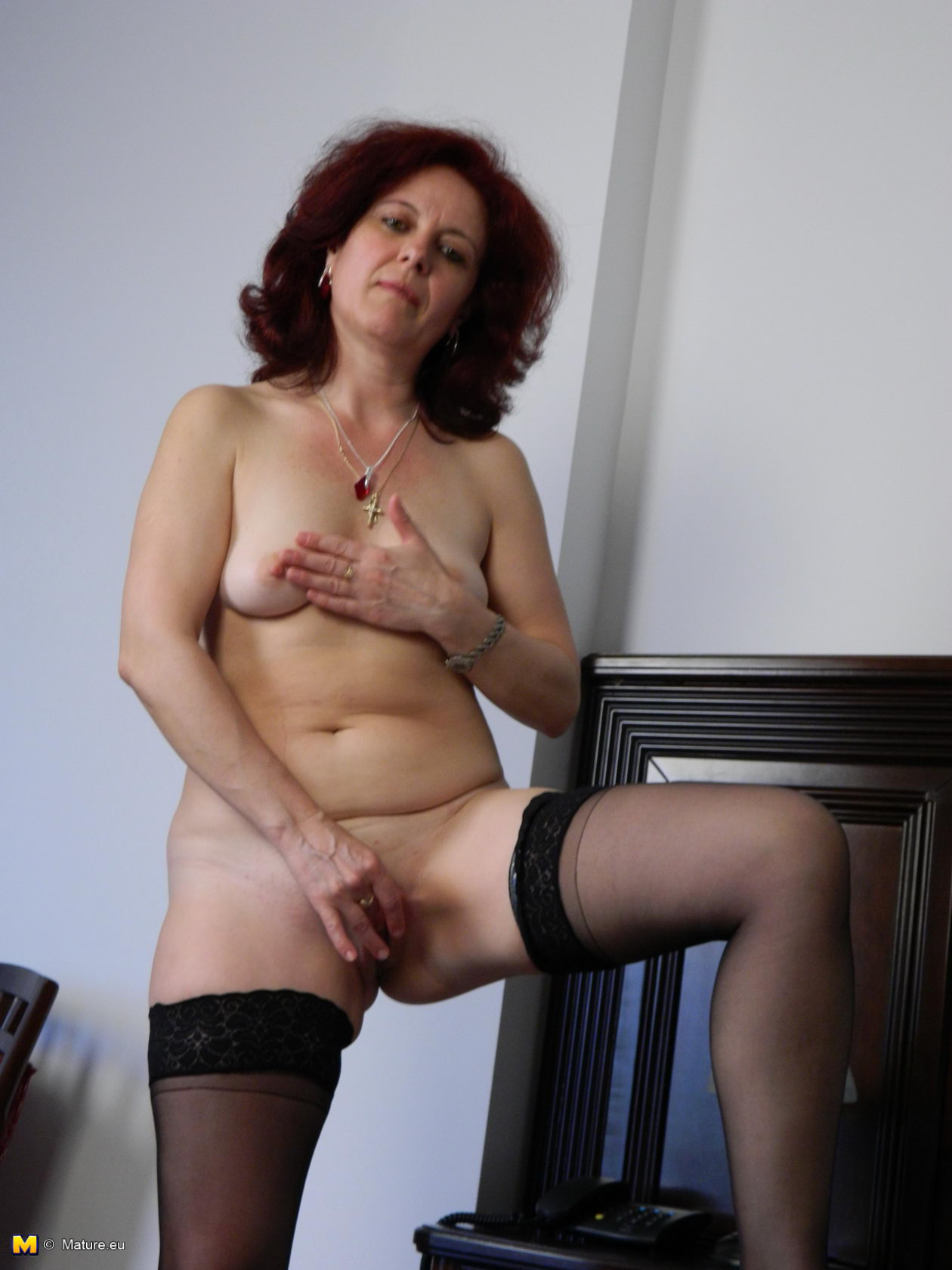 Mature Eu Horny Mature Slut Loves To Get Naked And Naughty 182377