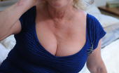 Mature.eu Chubby Mature Claire Loves To Show You How Wet She Gets