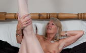 Mature.eu Naughty Mature Slut Playing With Her Wet Pussy