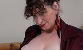 Mature.eu Big Breasted Mature Kim Loves To Shake Her Troopers