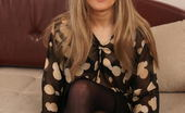 Mature.eu This Naughty Housewife Loves To Please Herself