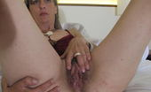 Mature.eu Naughty Housewife Carmen Plays With Her Toy